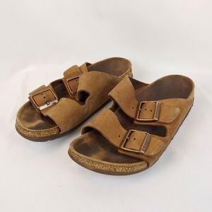 Birkenstock Brown Arizona Sandals. Size 9